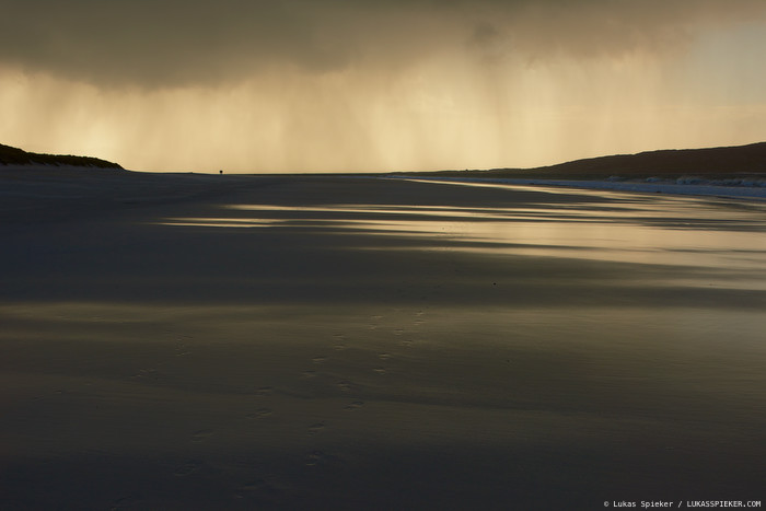 A rain squall approaches Luskentyre beach on the Isle of Harris, Outer Hebrides, Scotland.