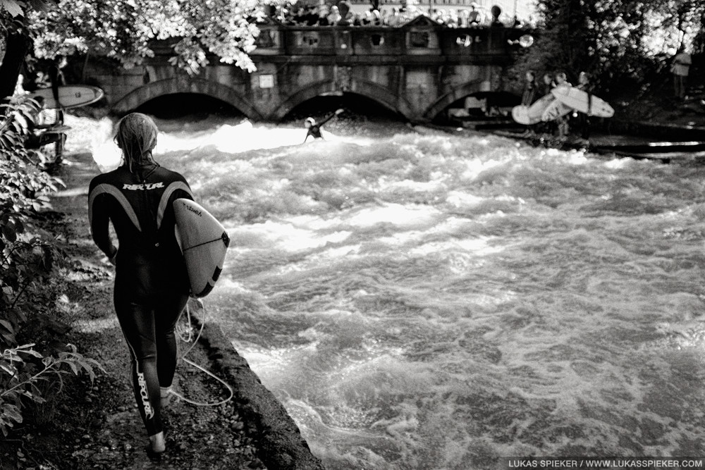 River surfing is very popular in Munich. There has been a local surf scene for more than three decades, and the city has recently legalized surfing the Eisbach river in the park Englischer Garten. Surfers from all over the world come to surf the wave.