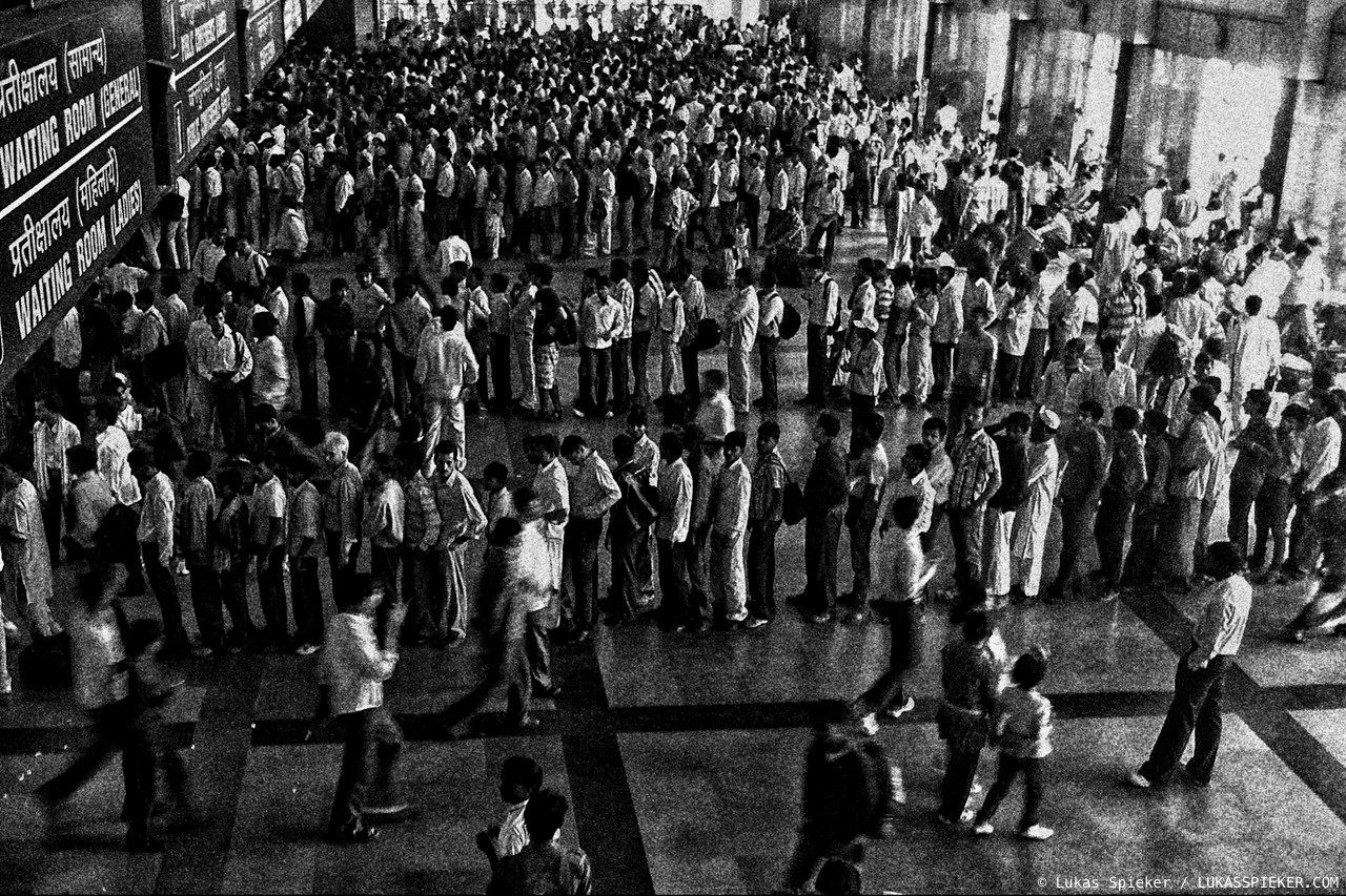 Queues form at New Delhi train station. India has one of the largest railway networks of the world. Introduced under British rule almost 160 years ago, the railway nowadays is infamous for overcrowded and delayed trains.
